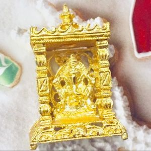 Elephant in a box figure gold plated